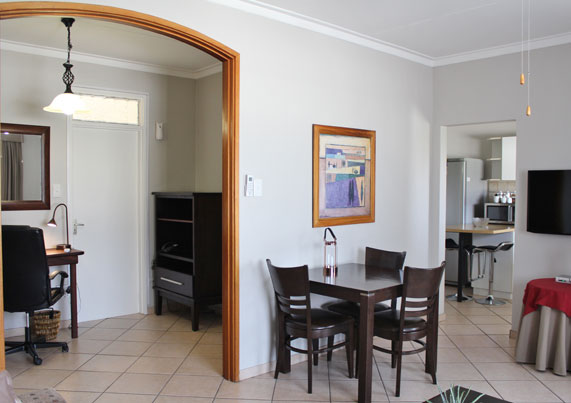 Spacious, upmarket apartments with garden, Windhoek